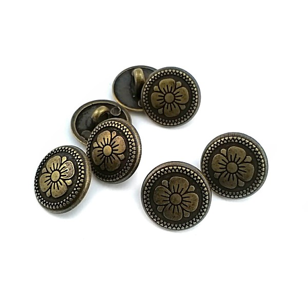 15 mm - 24 L Daisy Pattern Metal Shank Button E 114