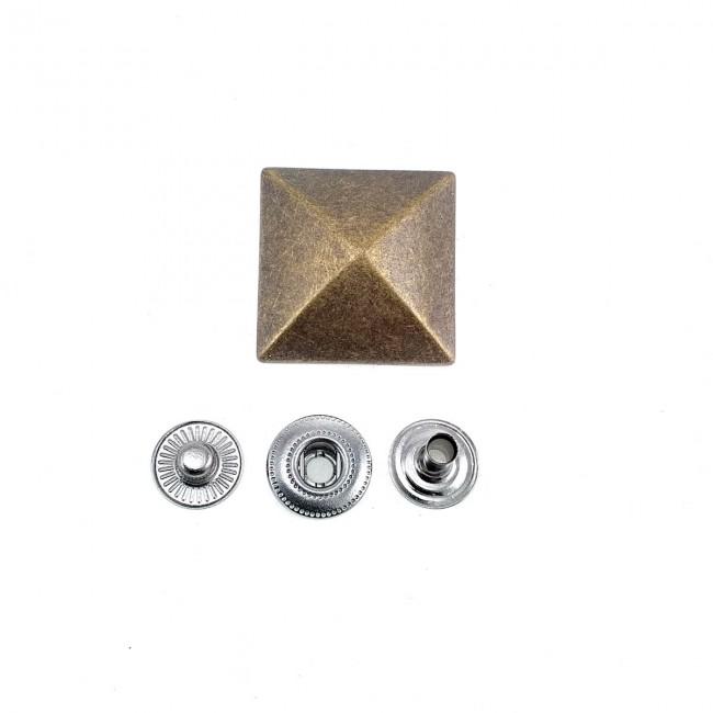 24x24 mm Metal Piramit çıtçıt düğme E 1696