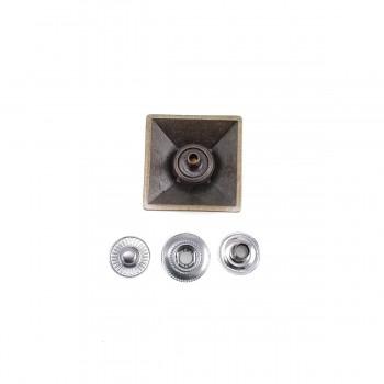 24x24 mm Metal Pyramid snap button E 1696