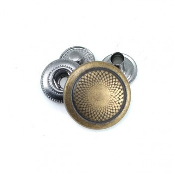 17 mm - 27 lignes Metal snap button with stylish design E 179