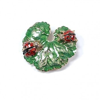 Brooch ladybug leaf shape BR002