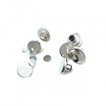 18 mm Simple Design Button E 1374