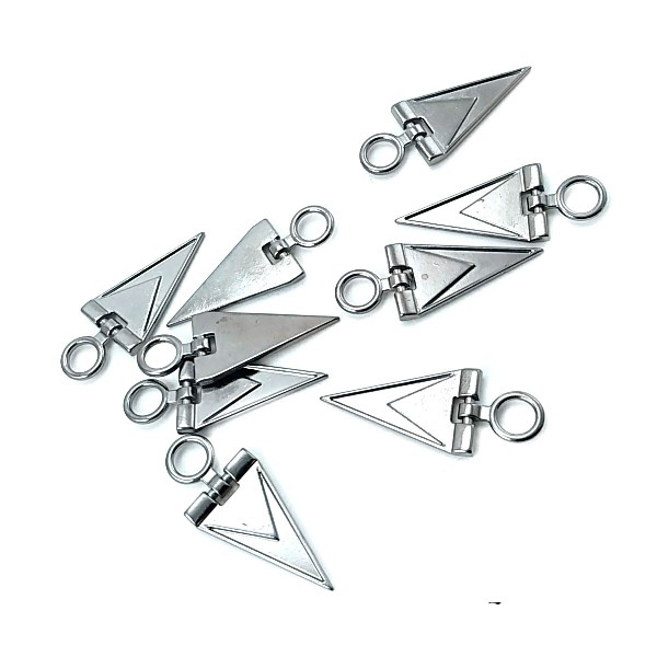 Zipper pullers triangle shape 39 mm E 1787