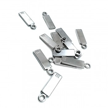 28 mm x 8 mm Simple and Stylish Zipper Puller E 555