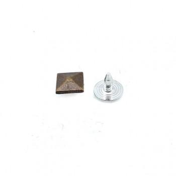 8x8 mm Pyramid Shape rivet - Rivet E 921