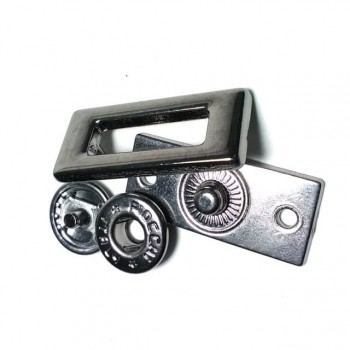 Metal snap button with rectangular shape 20 x 13 mm E 1690